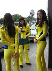 Peruvian Yellow Page Girls