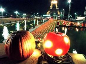 (Jean-Christophe Kahn/Reuters) French Halloween