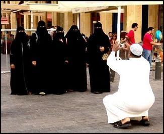 burka clad women