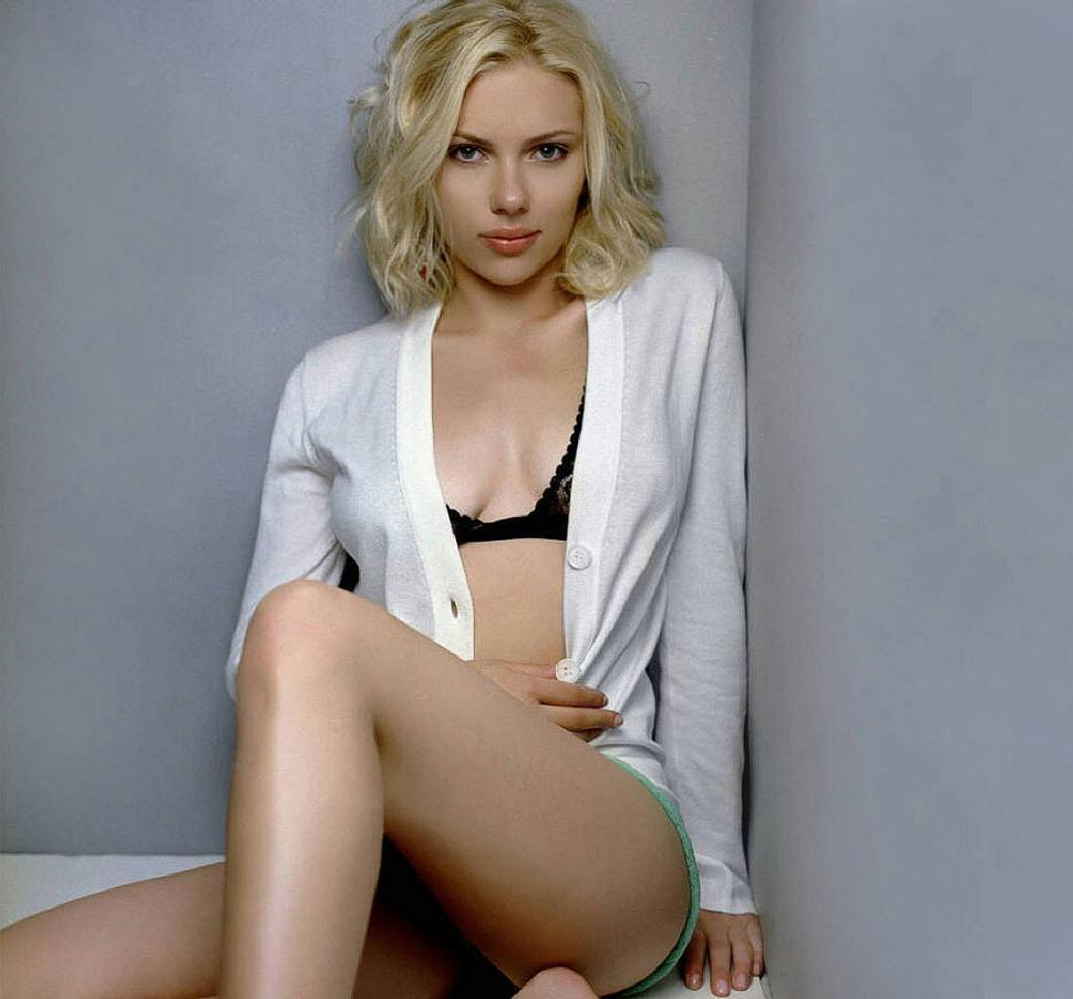 Sex with scarlett johansson, big dicks of virgin girls