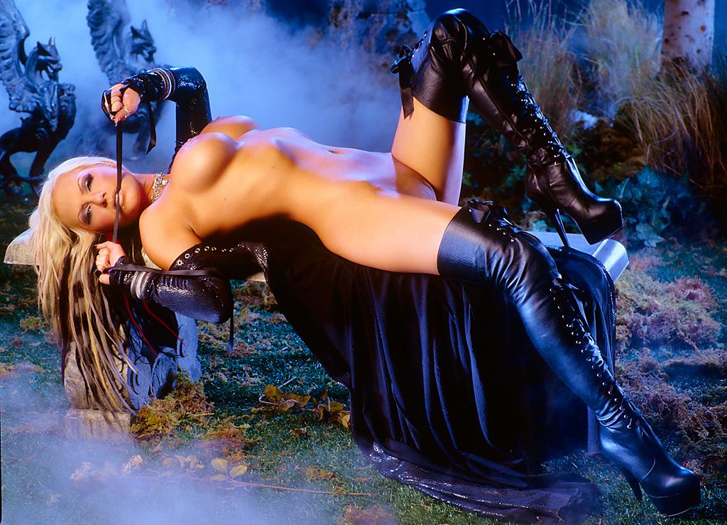 eroticheskiy-tanets-kartinki