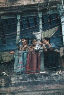 Those who say there are more boys than girls around, in a place like Dhaka Bangladesh, forget to look up.