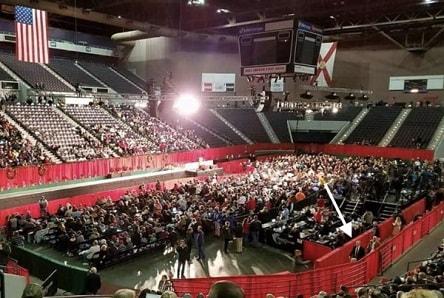 fake photos of rally at Pensacola 9 Nov 2017